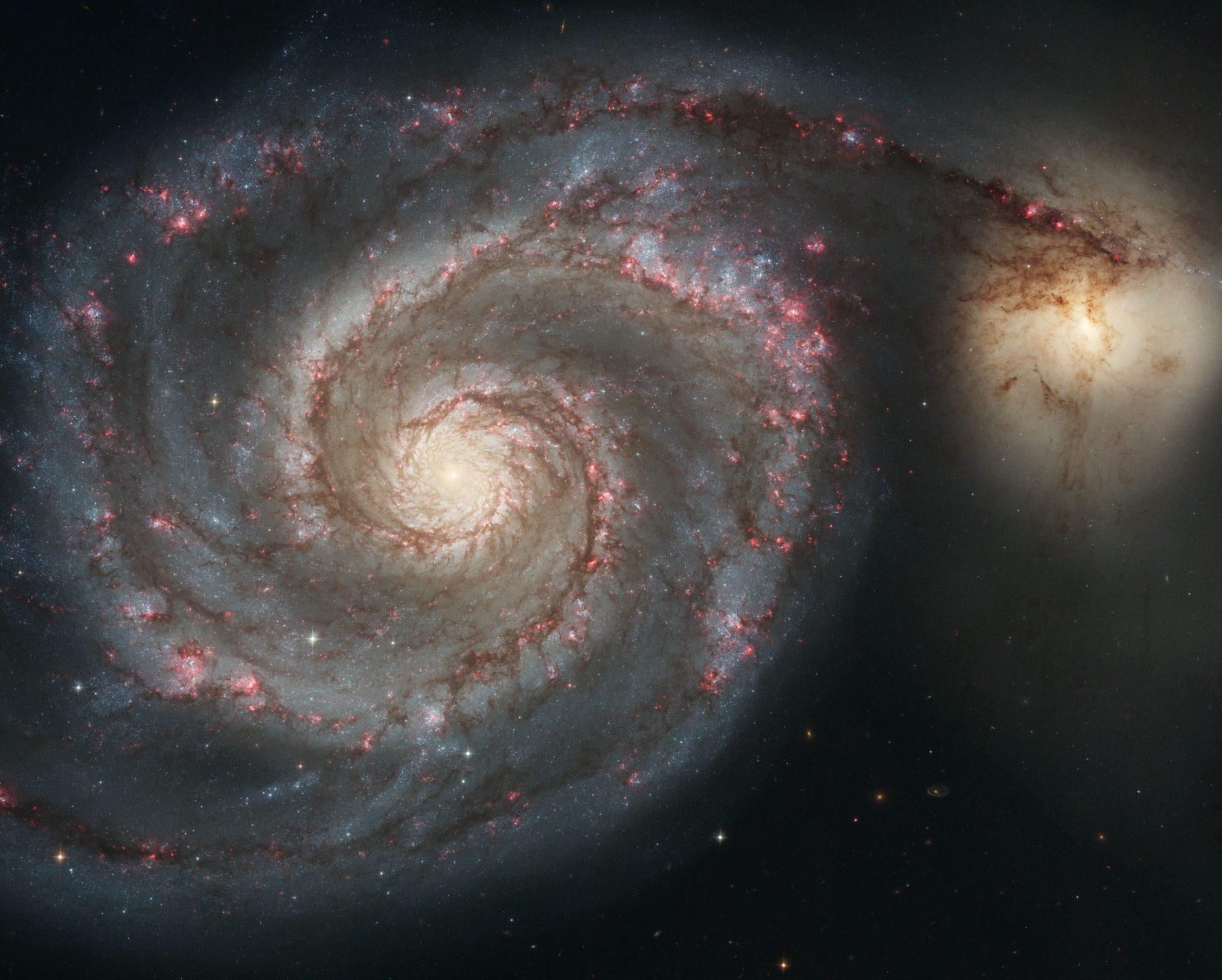 Messier51_sRGB